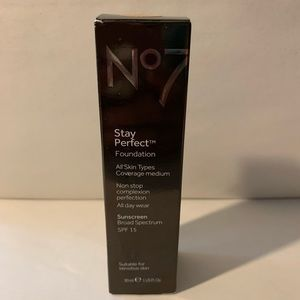 No7 Stay Perfect Foundation Warm Sand